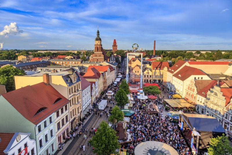 Altmarkt Cottbus_Stadtfest_Weisflog_unbefristet