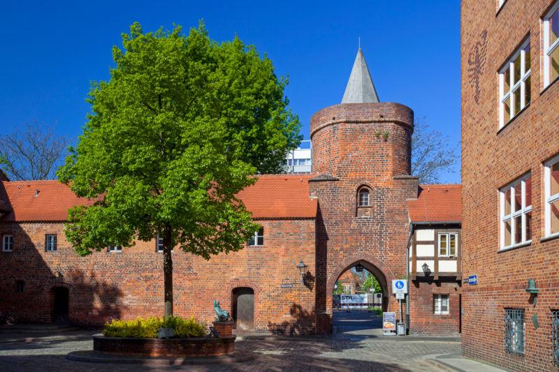 Stadtmauer und Lindenpforte in Cottbus